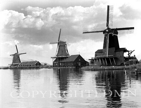 Three Windmills, Holland 87