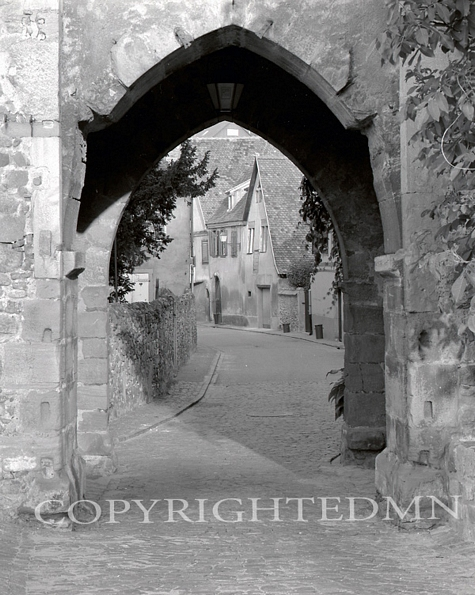 Archway, Turckheim, France 87