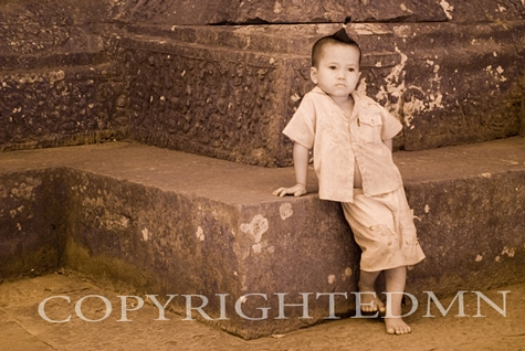 Young Boy, Angkor Thom, Cambodia 07 – Monotint