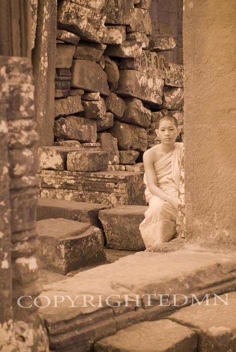 Young Monk, Angkor Thom, Cambodia 07 – Monotint