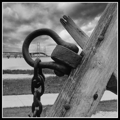 Mackinaw Bridge Thru Anchor - Geometric