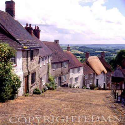 Gold Hill, Shaftsbury, England – Color