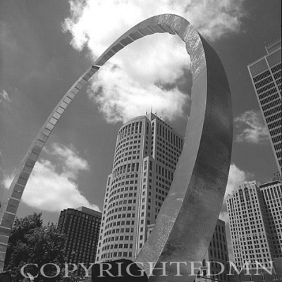 Detroit Arch & 150 Jefferson, Detroit, Michigan