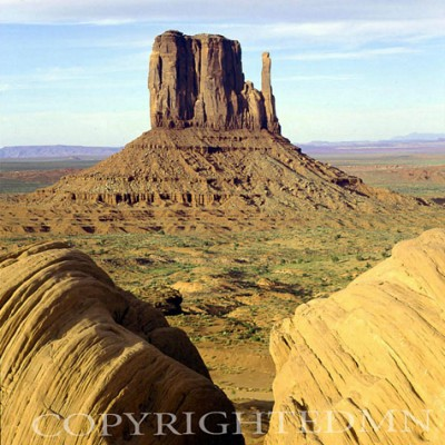 The Mitten, Monument Valley, Arizona – Color