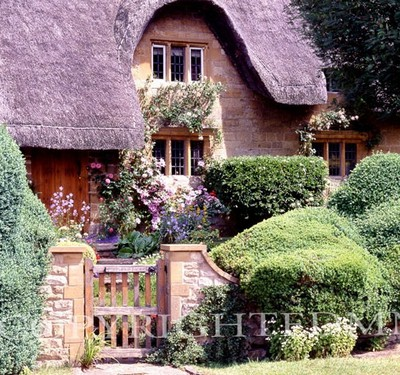 Pikes Cottage, England 96