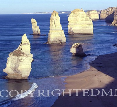 Apostles, Port Campbell, Australia 01 - Color
