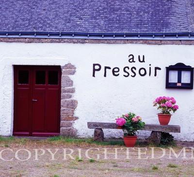 Au Pressoir, Carnac, France 07 - Color