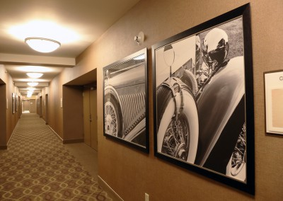 Framed-Art-in-Hotel-Hallway